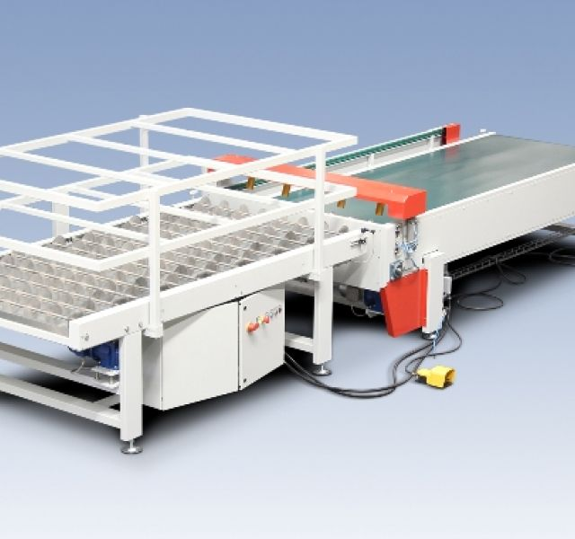 Disc conveyors for veneer sticky line